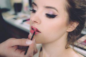 best eyeliner for waterline model girl