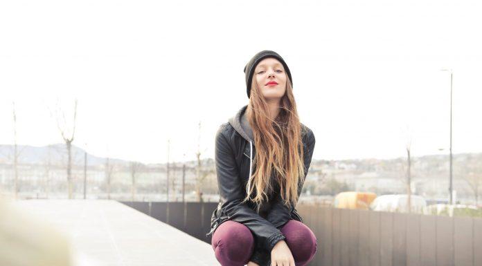 10 Best Lip Gloss Reviewed